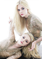 elle and dakota  - elle-fanning photo