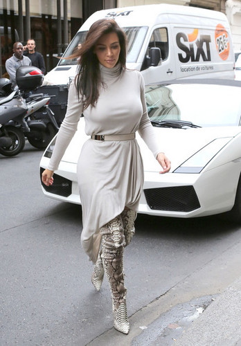 kim kardashian pics with kanye west in paris