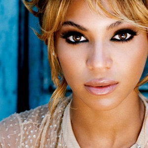 peaceful yet sexy beyonce!!! - beyonce Photo