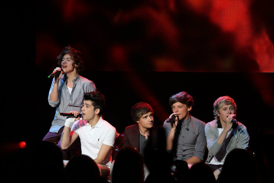 One direction sim dating 4