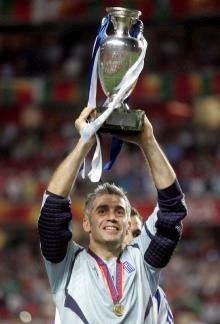 Antonios Nikopolidis vainqueur de l'Euro 2004 - photo : fanpop.com