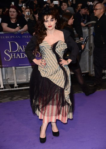 &#39;Dark Shadows&#39; London Premiere (May 09, 2012) - helena-bonham-carter Photo