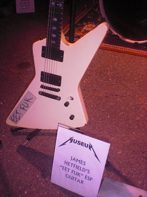 James' guitare