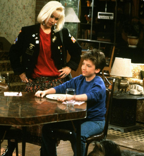 Married with Children wallpaper with a dinner table titled  Married with Children