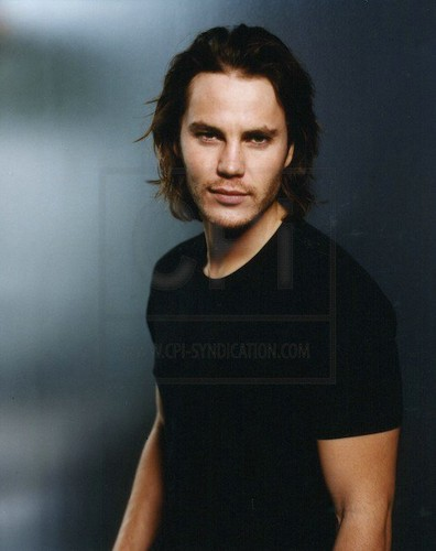 Taylor Kitsch wallpaper probably with a portrait titled ♥♥ Taylor - Cosmopolitan Photoshoot ♥♥