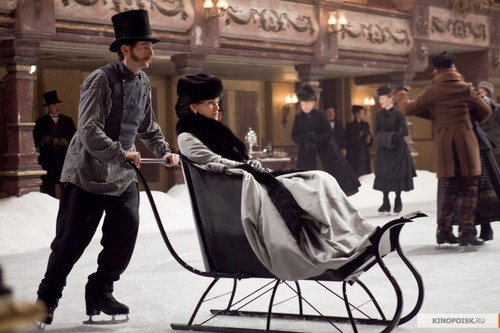 Anna Karenina (by Joe Wright) wallpaper entitled Anna Karenina 2012 movie stills