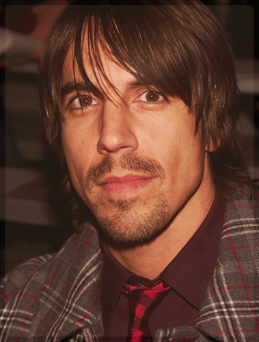 Red Hot Chili Peppers wallpaper containing a business suit entitled Anthony Kiedis