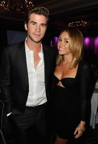 Australians In Film Awards & Benefit avondeten, diner in Century City [27 June 2012]