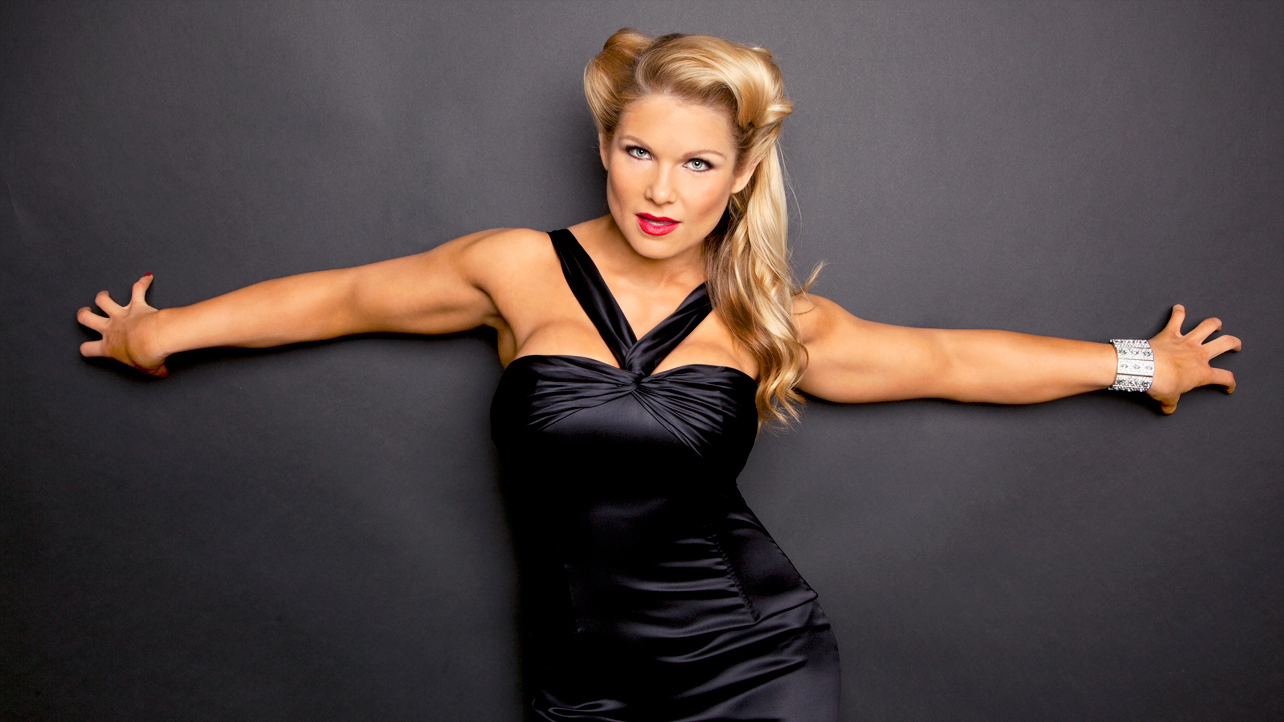 beth phoenix wwe - photo #1