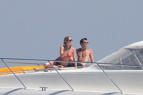Bikini - On Boat In Capri [19th June 2012] - jennifer-aniston Photo