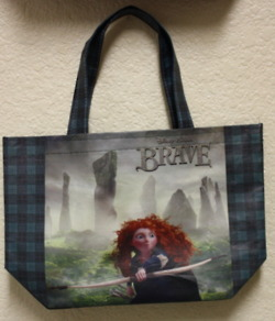Merida - Legende der Highlands Hintergrund possibly containing an evening bag entitled Merida - Legende der Highlands