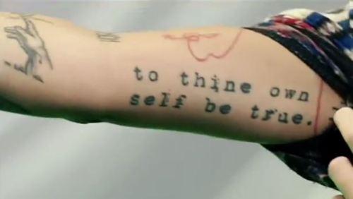 Christina Perri mga tattoo