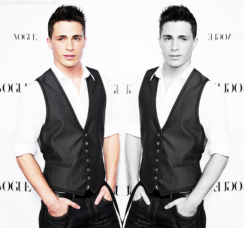 Colton Haynes wallpaper containing a business suit, a well dressed person, and a suit titled Colton
