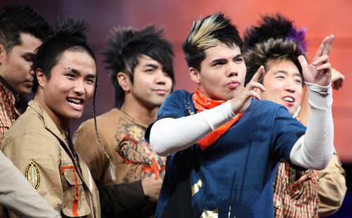 D-trix And The Quest Crew