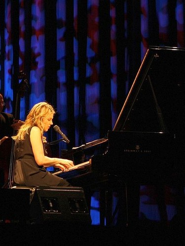 Diana Krall wallpaper with a pianist, a grand piano, and a concert grand titled DIANA