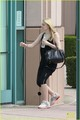 Dakota Fanning: Mulberry Pizza Meal - dakota-fanning photo