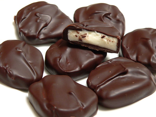 Dark-Chocolate-Peppermint-Patties - Chocolate Photo (31257806 ...