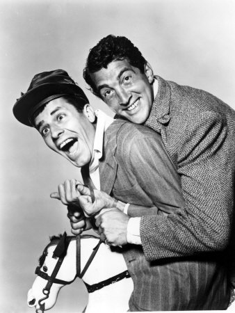 Dean Martin Обои probably with a business suit entitled Dean Martin & Jerry Lewis