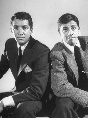Dean Martin Обои containing a business suit, a suit, and a three piece suit titled Dean Martin & Jerry Lewis