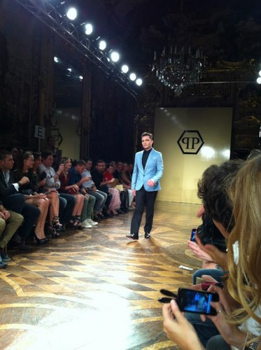 Ed Westwick - Milan Men's Fashion Week for Philipp Plein - ed-westwick Photo