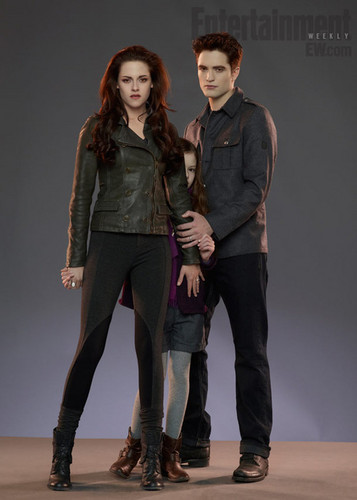 Edward and Bella protecting nessie