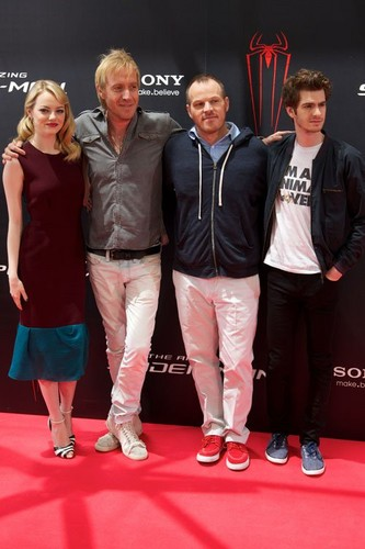 "Emma Stone and Andrew Garfield at the Madrid photocall for ""The Amazing Spider-Man"" (June 21). - emma-stone Photo"