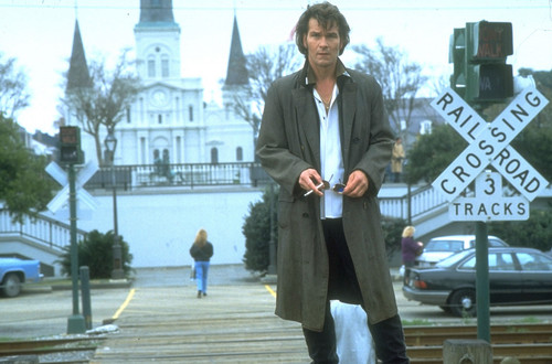Patrick Swayze Hintergrund with a business suit titled Father haube