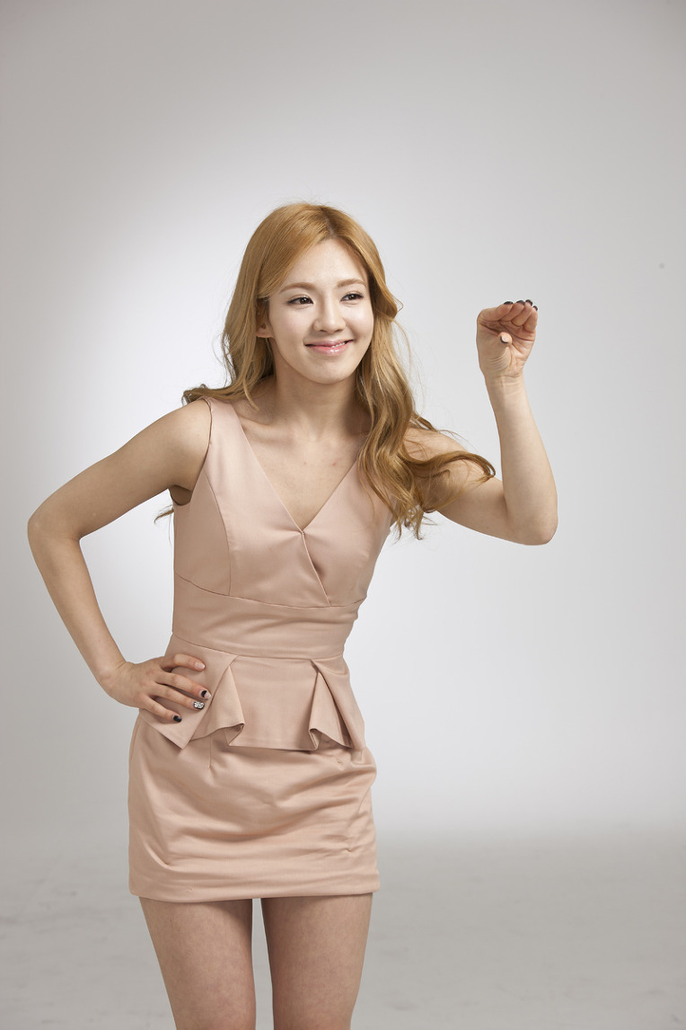 Girls generation snsd girls generation hyoyeon lg 3d tv