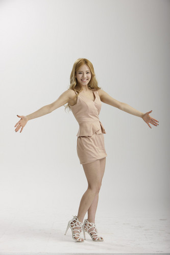 Girls' Generation Hyoyeon LG 3D TV