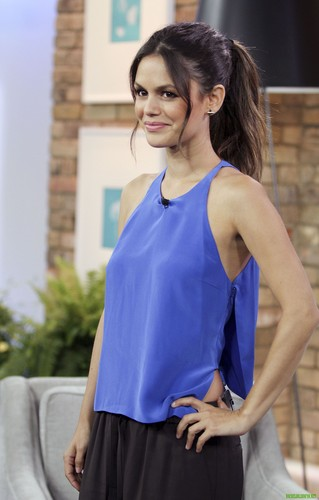 "Rachel Bilson wallpaper entitled HQ photos - Rachel appears on ""The Marilyn Denis Show"" {29/05/12}"
