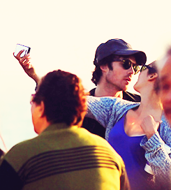 Ian Somerhalder e Nina Dobrev wallpaper possibly with a concerto called Ian/Nina ღ