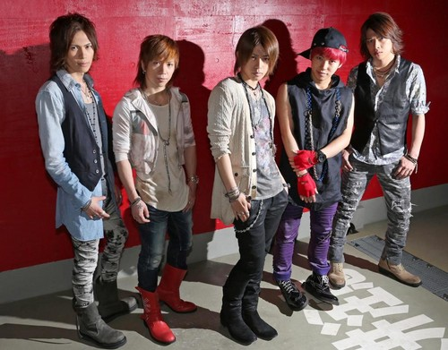 UtaTen TV】ViViD promoting 「INFINITY」 and 「REAL」 - ViViD Fan