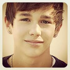 It's Austin Mahone !