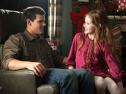 Jacob meets Renesmee
