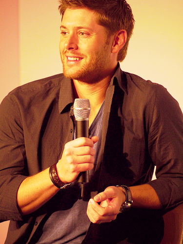 詹森·阿克斯 壁纸 called Jensen Ackles