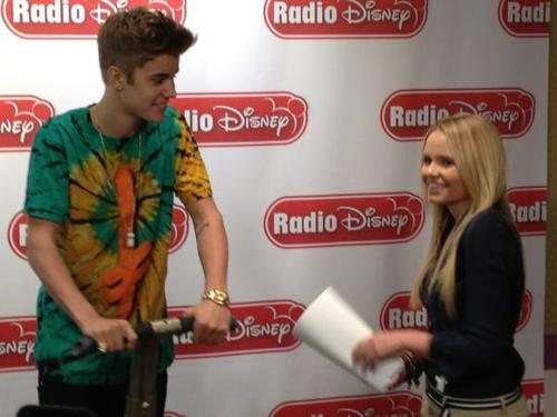 Justin on Radio Disney! - justin-bieber Photo