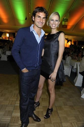 Karolina Kurkova 또는 Mirka Federer ?