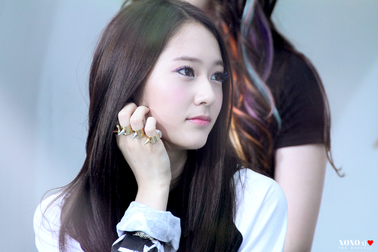 Jung Sisters images Krystal @ Mnet Wide Open Studio HD wallpaper and background photos