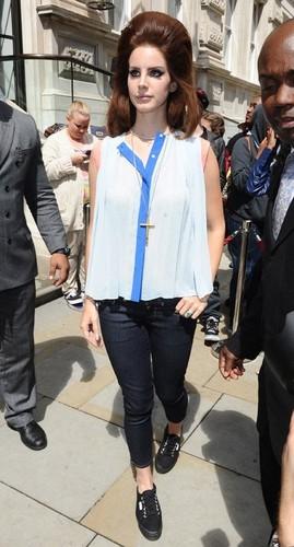 Leaving her hotel in London (June 24)