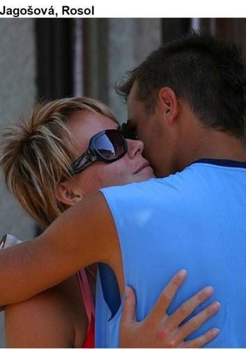 Lukas Rosol embrace