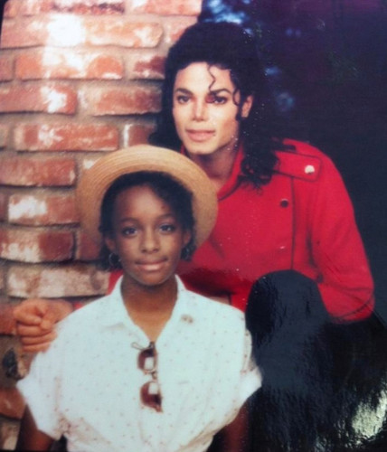 Michael Jackson and his niece Yashi Brown (Rebbie Jackson's daughter) 2300 Jackson St Muzik video
