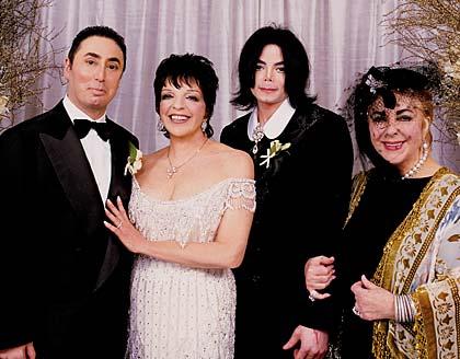 Michael no casamento de Liza Minelli.