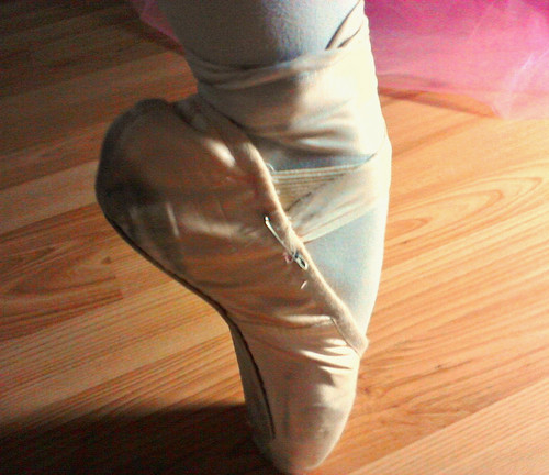 Ballet wallpaper entitled My First Pair Of Pointe Shoes ♡