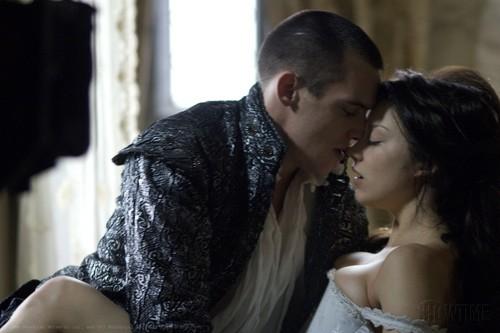 Natalie Dormer sebagai Anne Boleyn