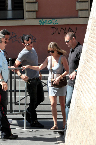 Out In Rome [15 June 2012] - jennifer-aniston Photo