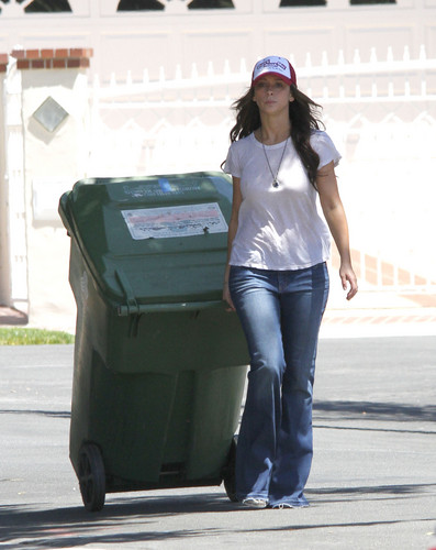 Outside Her House In Toluca Lake [28 June 2012]