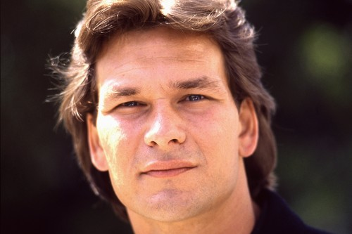 Patrick Swayze wallpaper with a portrait titled Patrick Swayze
