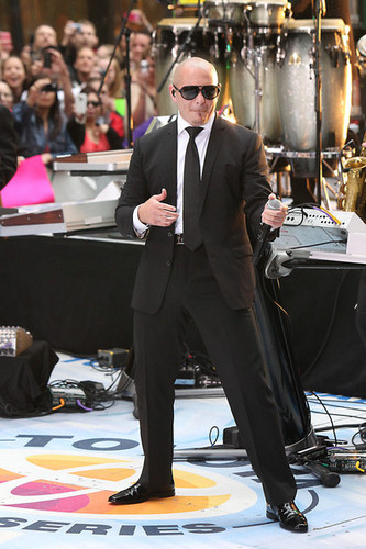 Pitbull Performs on 'The Today Show'