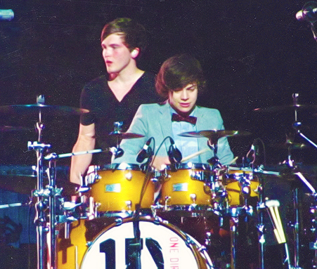 Playing Drums! - harry-styles Photo