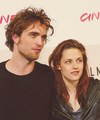 Robsten 2008 - robert-pattinson-and-kristen-stewart photo